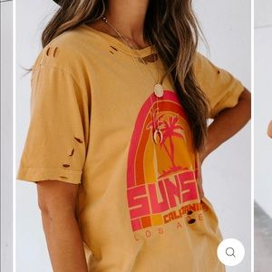 Vici Sunset Tee NEW W/T